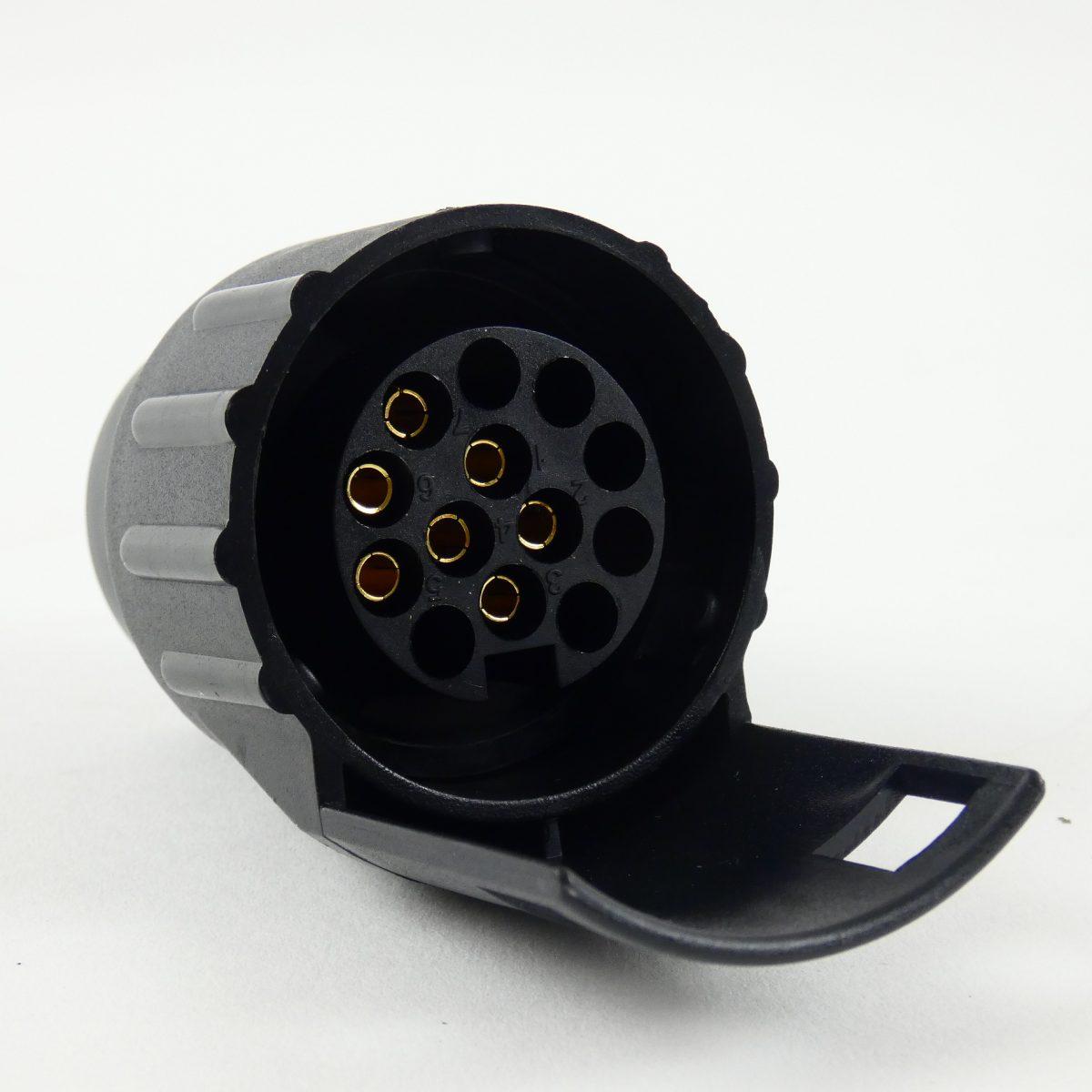 Dosgros adapter stekker 7p naar 13p